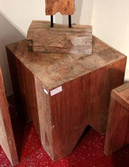Model Beetee Block - Objekt aus Teak