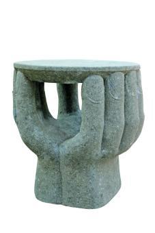 Tisch-Objekt, 2 Hände, ca. 70 cm