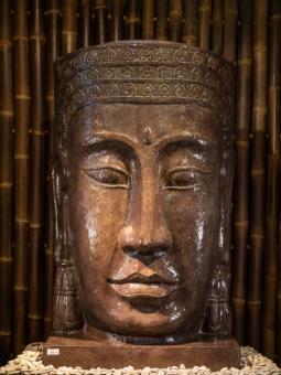 Khmer-Kopf mit Sockel als Wasserspiel, 147 cm