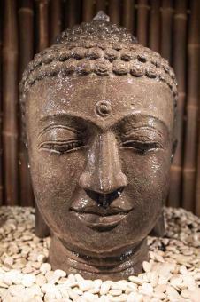 Buddha-Kopf als Wasserspiel, 50 cm