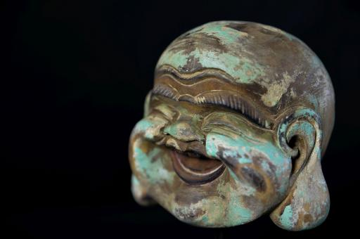 Lachender Buddha-Kopf aus Holz, 20 cm